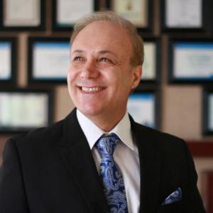 رضا عمرایی